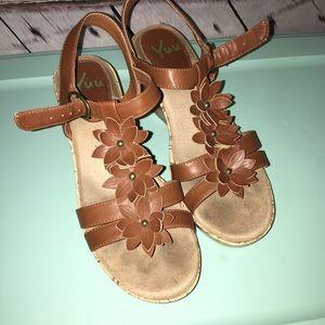 Yuu wedge sandals